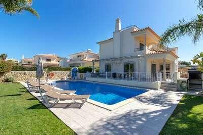 Villa de luxe avec piscine située à Albufeira