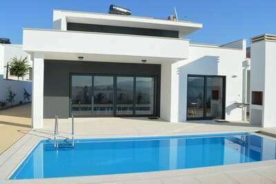 Maison de vacances moderne à Famalicão Nazaré avec piscine