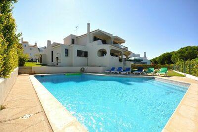 Maison de vacances située à Vilamoura avec piscine privée