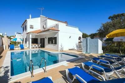 Maison de vacances spacieuse à Vilamoura avec piscine privée