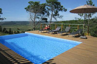 Maison de vacances moderne à Cela avec piscine privée