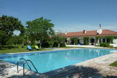 Ferme originale avec piscine à Montemor-o-Novo Alentejo
