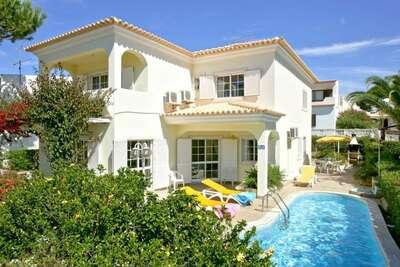 Belle villa à Vilamoura avec piscine privée