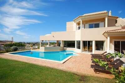 Villa somptueuse avec piscine privée à Albufeira