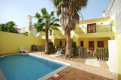 Superbe maison de vacances à Tavira avec piscine commune