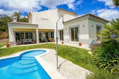 Belle villa à Tavira avec piscine privée