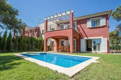 Charmante villa avec piscine à Torrent de Cala Pi