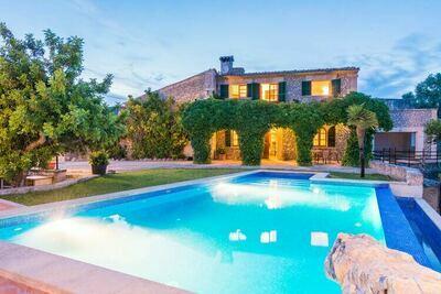 Magnifique villa à Selva avec piscine