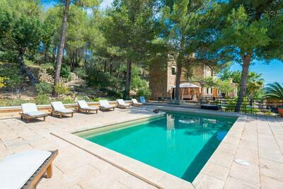 Villa confortable avec piscine à Alaró