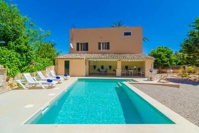 Villa moderne avec piscine à Campos