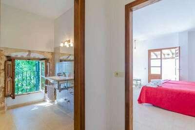 Demeure moderne avec piscine à Manacor