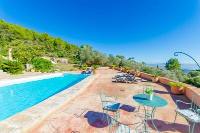 Demeure moderne avec piscine privée à Banyalbufar