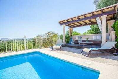 Villa confortable avec piscine à Petra