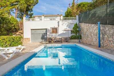 Belle maison de vacances piscine privée à 8,5 km de Lloret de Mar