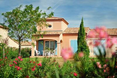 Maison mitoyenne avec terrasse ou loggia située en Languedoc