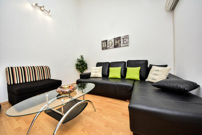 Maison de vacances confortable à Krusevo avec jardin