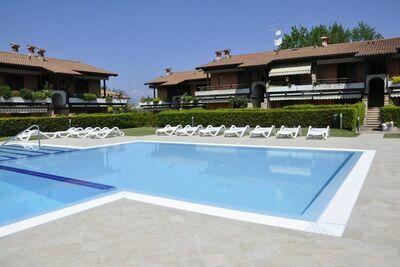 Maison de vacances bien décorée avec piscine en Lazise