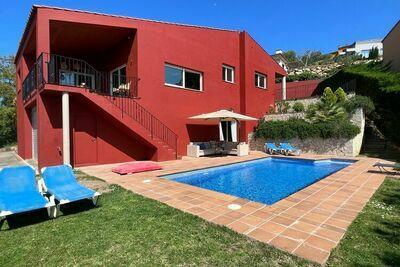 Villa confortable à Begur avec piscine