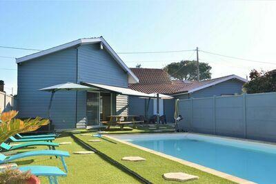 Maison de vacances à La Teste-de-Buch avec piscine privée, 10min des plages.