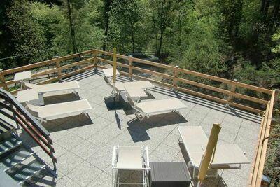 Maison de vacances moderne avec jardin privé en Pur Italie
