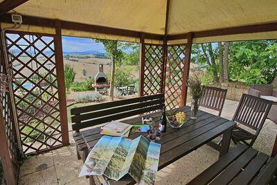 Belle villa à Piticchio avec piscine