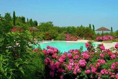 Villa de luxe avec piscine privée à Montelupone en Italie