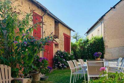 Maison de vacances à la campagne avec jardin privé à Poil