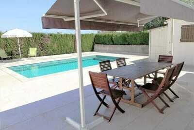 Maison de vacances calme avec piscine à Sant Pere Pescador