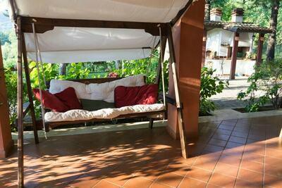Appartement dans villa avec jardin et piscine à Tagliacozzo