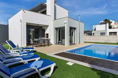 Maison de vacances moderne avec piscine à Foz de Arelho