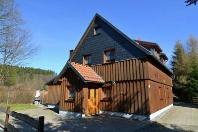 Maison de vacances dans un endroit calme dans le Haut-Harz avec cheminée et sauna