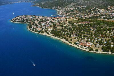Chalet confortable avec 2 salles de bain, à 6 km de Trogir