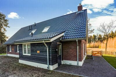 Jolie maison de vacances pour 12 personnes à Rijssen - en pleine nature