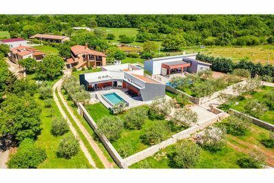 Villa moderne et luxueuse conçue pour une relaxation maximale