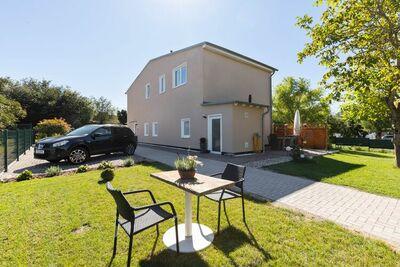 Maison de vacances pittoresque à Kröpelin avec jardin clôturé