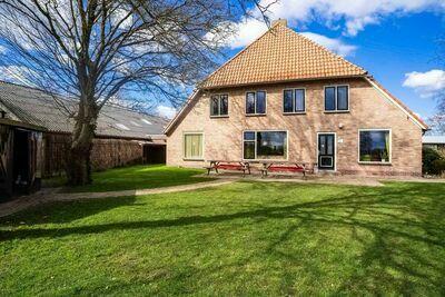 Agréable maison à Giethoorn avec hot tub et jardin privé