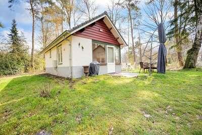 Maison de vacances simpliste à Stramproy avec jardin