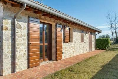 Luxueuse maison de vacances à Marsciano avec piscine