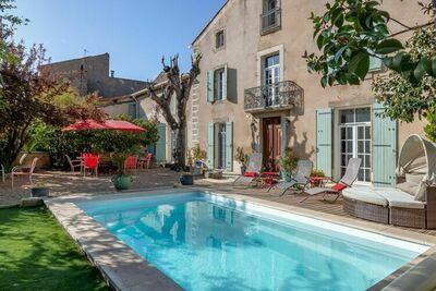 Maison de vacances élégante à Olonzac avec piscine privée