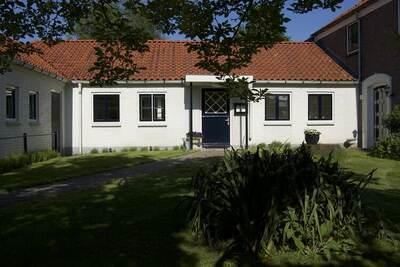 Maison de vacances attrayante à Ruurlo avec jardin
