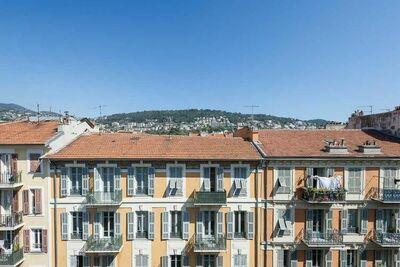 Élégante maison de vacances à Nice avec balcon