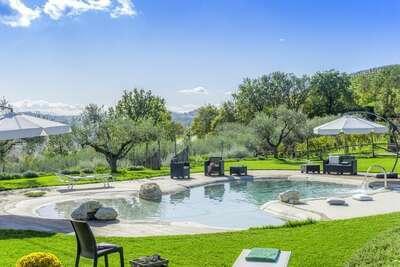 Ravissante maison de vacances à Fermo avec piscine privée