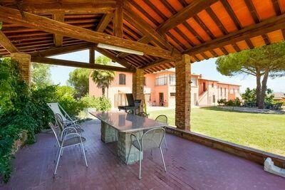 Maison de vacances captivante à Castiglione del Lago