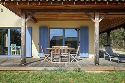 Maison de vacances isolée à Ornac avec piscine privée