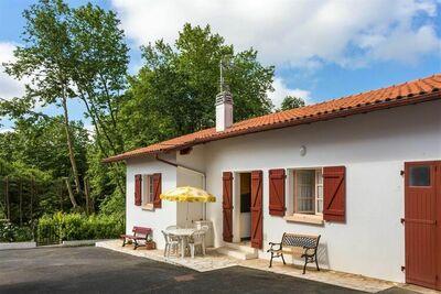 Séduisante maison de vacances à Arcangues avec balcon