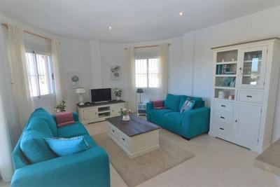 Charmante villa de plain-pied avec air conditionné et piscine privée