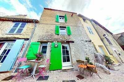 Maison ensoleillée à Fayence avec terrasse et vue incroyable