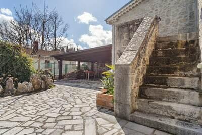Maison de vacances avec vue sur la vallée à Sepino avec cour