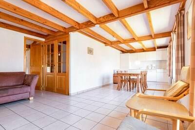 Maison de vacances confortable à Santa Caterina Villarmosa avec balcon
