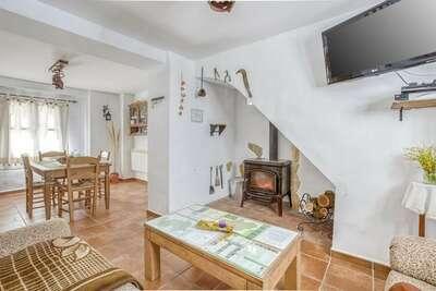 Maison de vacances confortable à Carcabuey avec piscine
